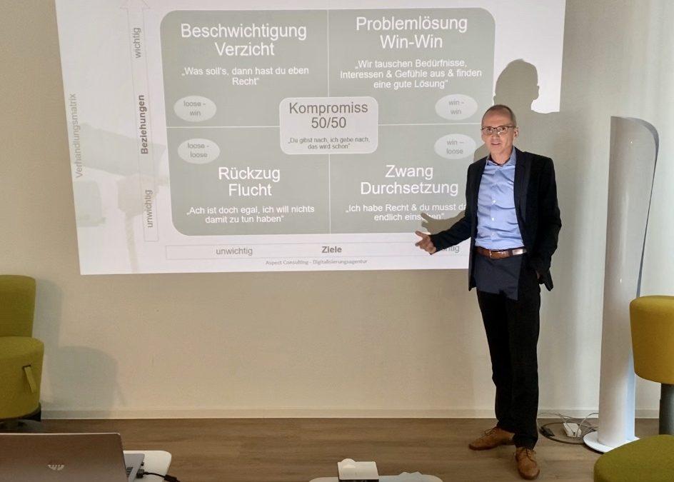 """Unser Seminar zum Thema """"Konfliktmanagement"""""""